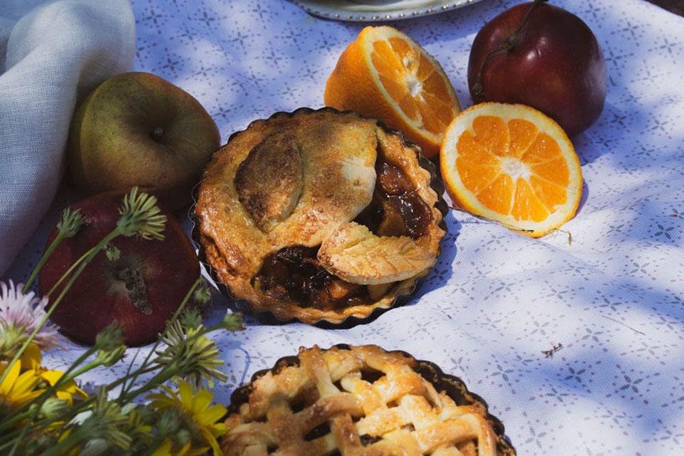 Μηλόπιτα-My-Sofras-Συνταγές-από-τη-Γεωργία-Θωμοπούλου