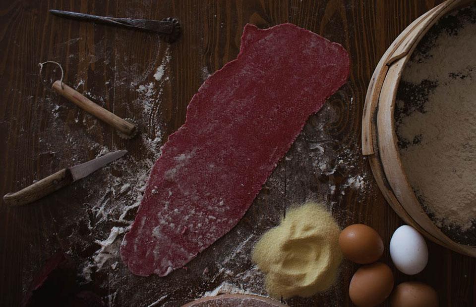 Χυλοπίτες-με-παντζάρι-My-Sofras-Συνταγές-από-τη-Γεωργία-Θωμοπούλου